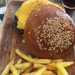 ニジイロ - チーズバーガー