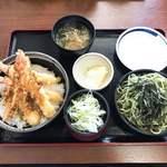 89350315 - 【2018年06月】海老天丼セット@1,390円、提供時。