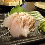 ゴリラ食堂 - 真鯛の刺身