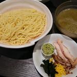 ラーメン大至 - 【期間限定】冷やしつけ麺・青紫蘇風味(790円)