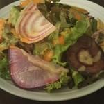 レストランsan -                                  40種の旬の野菜のサラダ