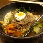 炭火焼肉 牛小屋 - 冷麺