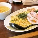 ブリキの木こり - 料理写真:牛骨つけ麺