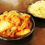 ホルモン大和 - 2011/8/5 キムチ・豆もやし