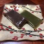 御堀堂本店 - 料理写真:黒外郎、抹茶外郎