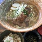 Sanchoumenoshimasobaya - 炙り軟骨ソーキそば 790円(並)