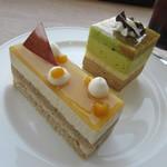カフェ・ミュゼ - 料理写真:【ムース・オ・テ 380円】・【ムースピスタチオ 360円】