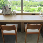 カフェ・ミュゼ - カウンター席とテーブル席が有ります♪