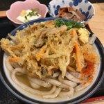 89383429 - 朝定食(¥390)<温かけ>+野菜のかき揚げ(+¥100)