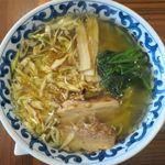 ラーメン・カフェ マルタケ - しおラーメンのアップ