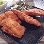 coco-Hakone - 1つ1つの唐揚げはかなり大きめ。食べきれない場合は、お持ち帰りも可能ですよね