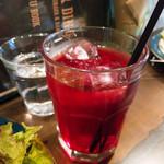 デクスター ダイナー - クランベリージュース