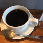 カエルコーヒー - ドリンク写真:ブレンドコーヒー350円(税別)