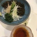 紋寿司 - もずくのソーメン   意外とボリュームがある。