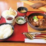加西サービスエリア(下り線)レストラン - 但馬牛のビーフシチュー御膳。1880円