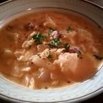 セドミクラースキー - 本日のスープ(ザワークラウトとじゃがいもとあとは失念)
