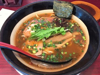 麺や つるり 新潟小千谷流 - 醤油ラーメン(760円)