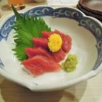 菜々海 - まぐろの造り