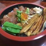 すし処 大敷 - 料理写真:漬け穴丼