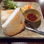 石窯パン・和みカフェ ゆるり - トーストセット