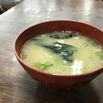 金時食堂 - ワカメと豆腐の味噌汁(2018.7.18)