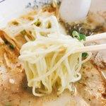 こむらさき - 柔らか中太麺