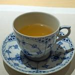 CHIUnE - 白茶