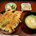 よしだや - 料理写真:天丼 800円