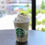 スターバックス・コーヒー - ドリンク写真:加賀 棒ほうじ茶 フラペチーノ®☆