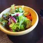 ステーキハウスロック - サラダ