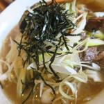 博士ラーメン別館 & HAKASE Thai 博士レストラン本店 - <参考>特沖縄天然しぐれネギ塩ラーメン