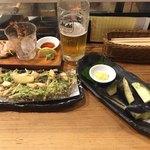 酒場 やまと - 生中、活車海老造り、水茄子、もずく天ぷら