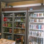 89445507 - ドリンクの冷蔵ケース