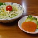 いち川 - 香の物、サラダ
