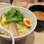 TOKYO豚骨BASE MADE by博多一風堂 - 海老豚骨つけ麺900円