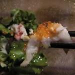 鉄板 ニシムラ - カニ身の上には魚卵
