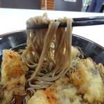 妙高SA下り線スナックコーナー - 麺は中太