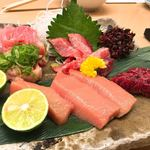 魚市 - 料理写真:本鮪のお造り盛り合わせ
