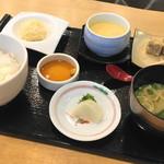 河太郎 - いか活け造り御膳(3024円)