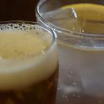 89470840 - 瓶ビールとレモンサワーで乾杯♪