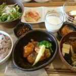 iro-hana かふぇ食堂 -