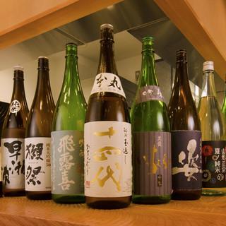 全国各地から厳選した地酒、焼酎を全40種類以上ご用意