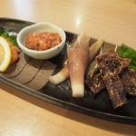 釜喜利うどん - 珍味盛り合わせ四種(明太子、鯛わた、みょうが浅漬、ホタルイカ)