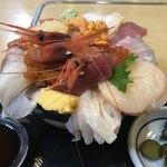 すみれ - 海の幸丼 2/3
