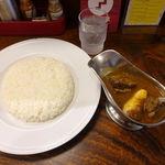 ベンガル - ビーフ角切りカレー(辛口・大盛無料) 1100円