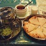 夢彩 - 卵カレーセット(\980)クーポンでチーズナンに変更