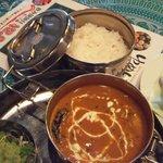 夢彩 - インド弁当箱入り卵カレーとご飯