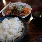 三河屋 - 豚生姜焼き定食