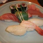 すし市場 なか安 - 上寿司御膳のお寿司