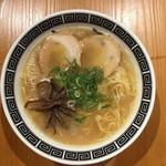 赤のれん&とん吉 - 料理写真:とん吉ラーメン